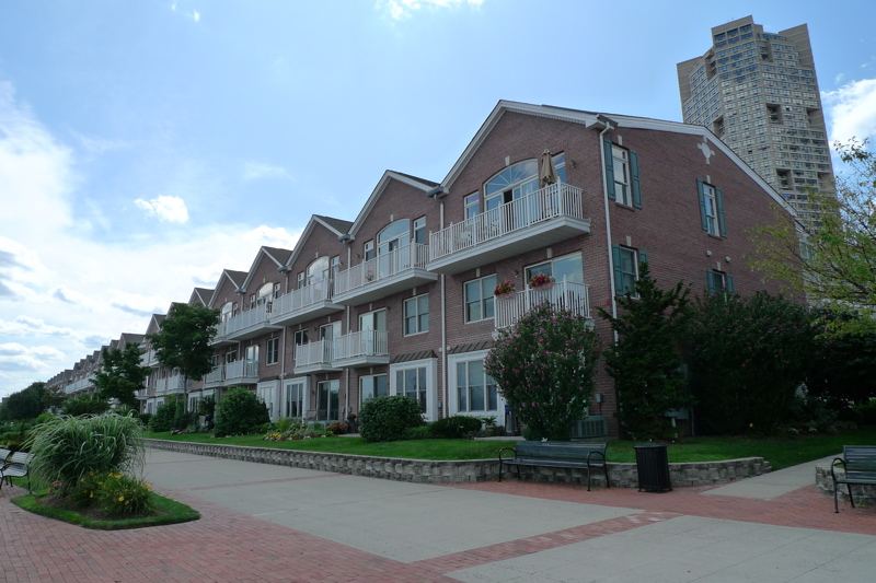 Jacobs Ferry Town homes West New York NJ