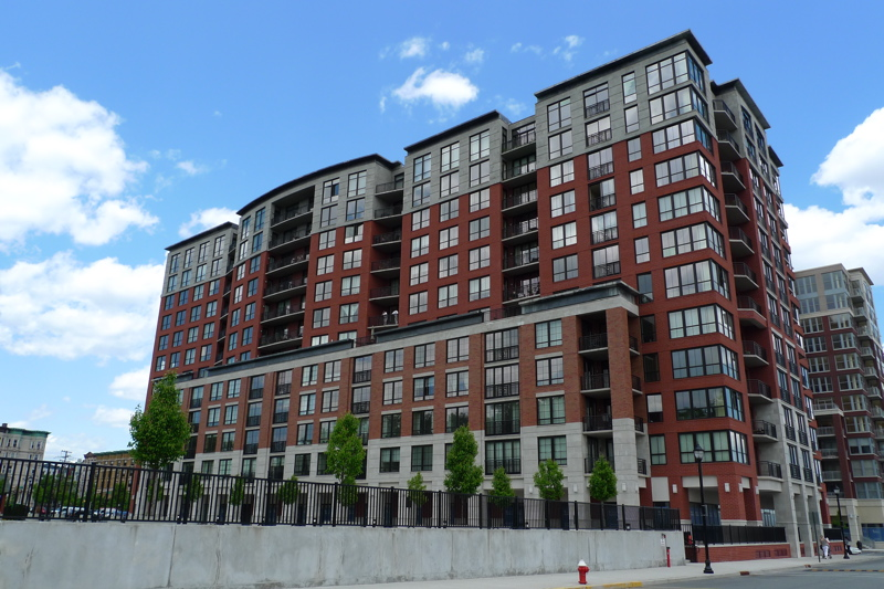 Jon Corzine Sells His Maxwell Place Condo in Hoboken