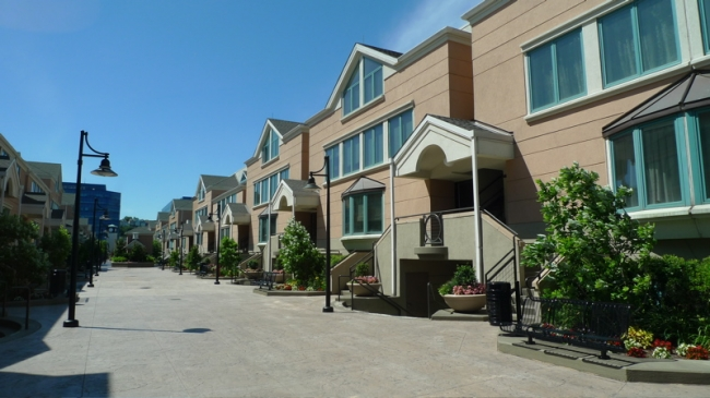 exterior of condos in Riva Pointe