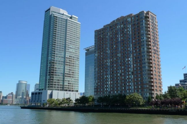 waterfront condos in Downtown Jersey City